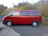 Foto  Volkswagen  Caravelle