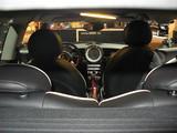 Foto Vista en picado del interior del Mini Cooper S