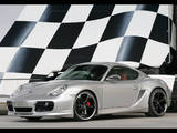 Foto Porsche Cayman con la bandera a cuadros detrás