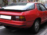 Foto 800px Porsche 924 rear1