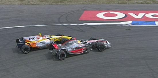 Hamilton adelantando a Piquet
