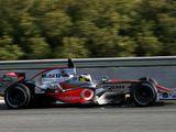Pedro conduciendo un McLaren